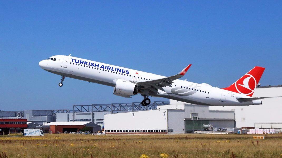 a321 airbus 321 sivil havacılık uçuş thy türk hava yolları barcelona
