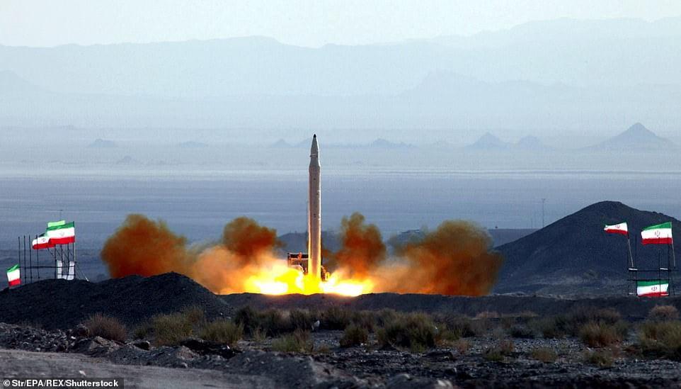 iran balistik füzesi